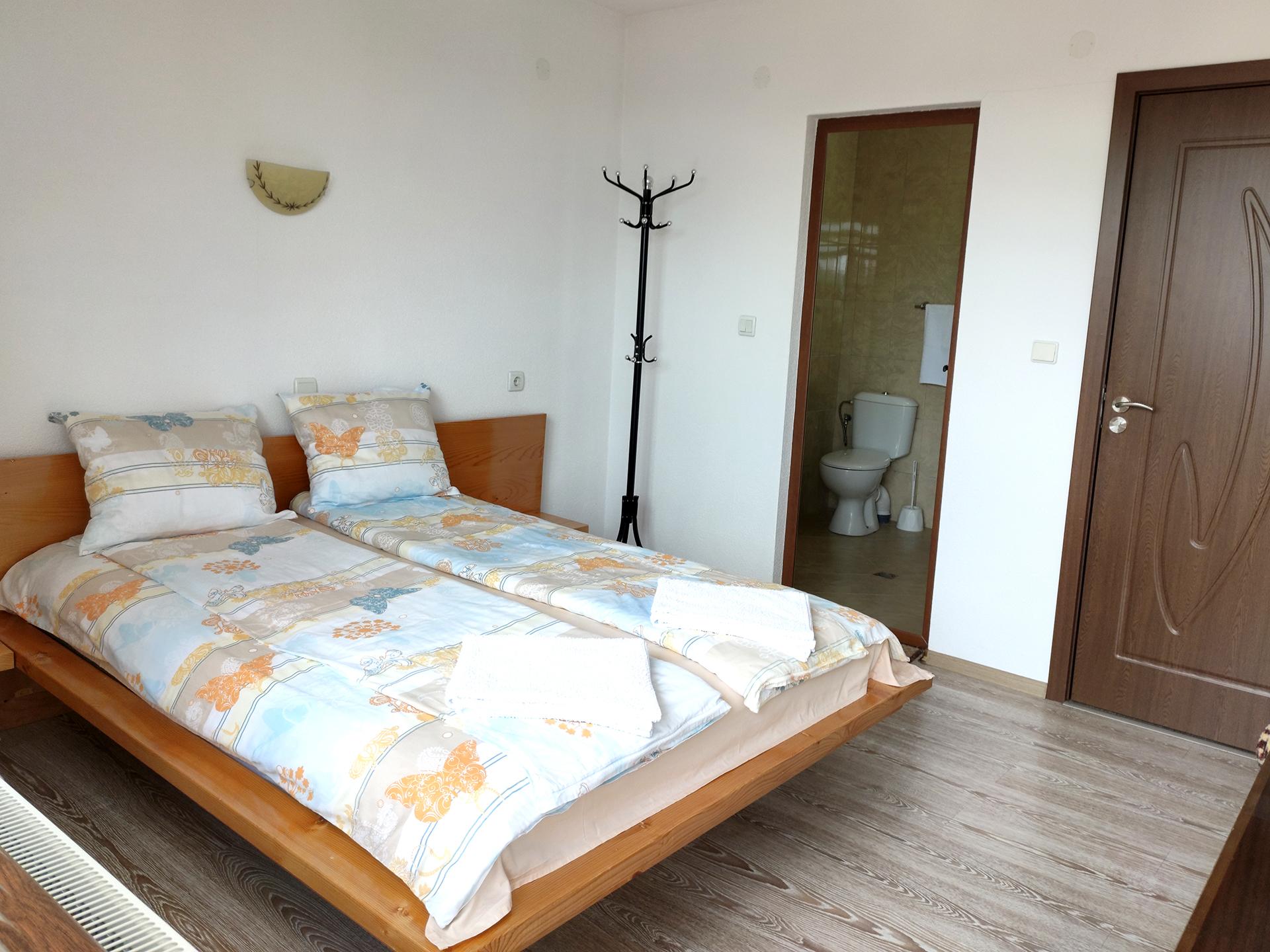 Стая 1 с двойно легло